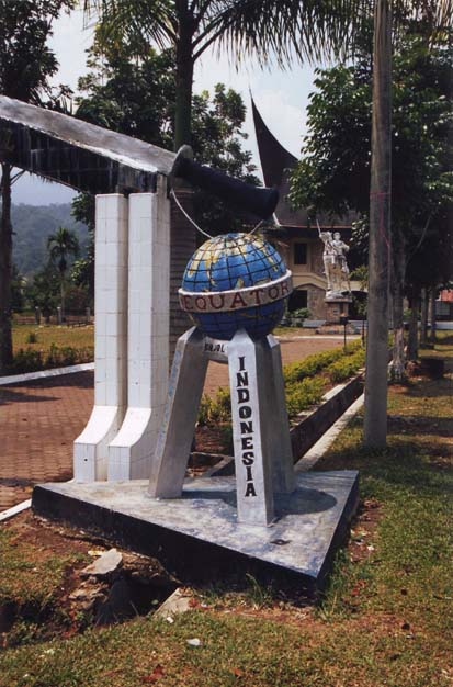 Equator Marker just north of Bukittinggi Sumatra